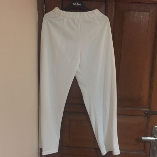 LONG CULLOTES IN WHITE