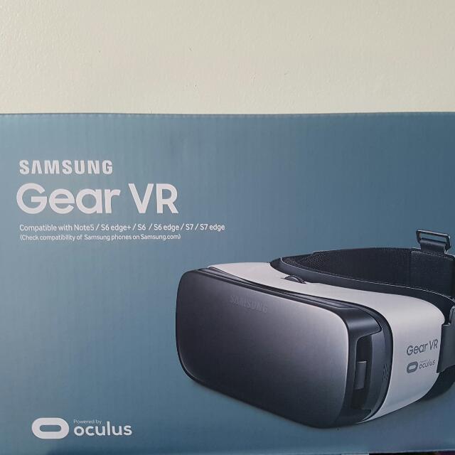 Price Reduced - Samsung Gear VR