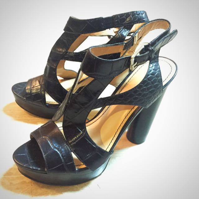 Size 7.5 Nine West High Heels
