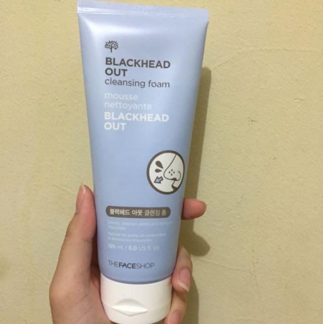 The Face Shop Blackhead Out Cleansing Foam