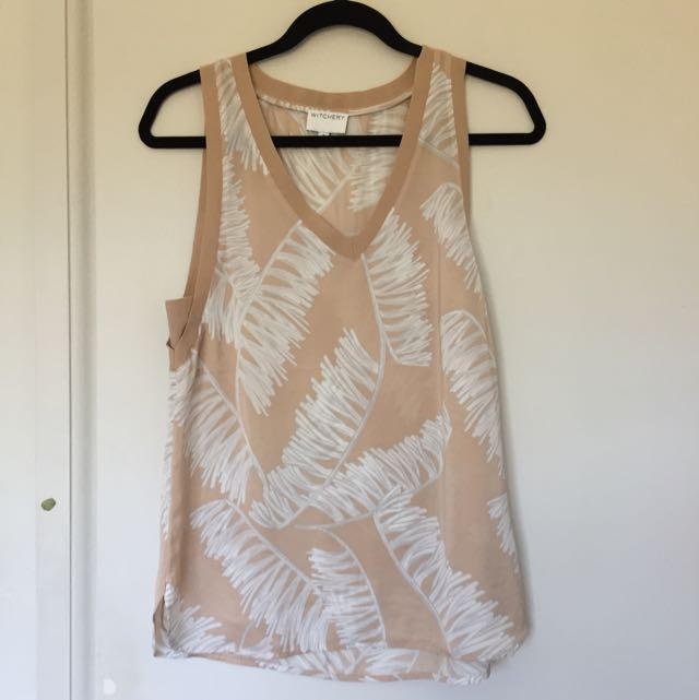 Witchery Size 8 Top