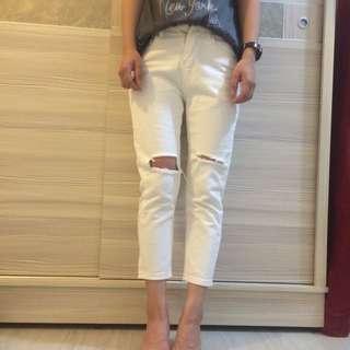 白色九分牛仔褲