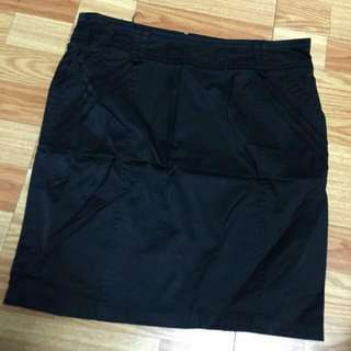 氣質包臀短裙
