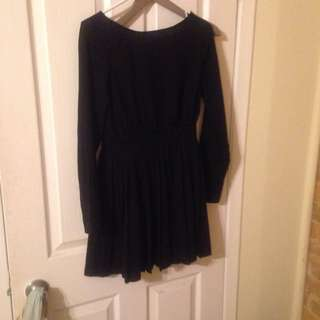Black F21 Long Sleeves Dress