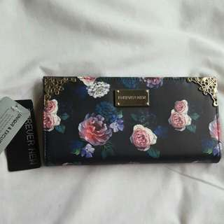 (pending) Forever New Black Floral Wallet BNWT