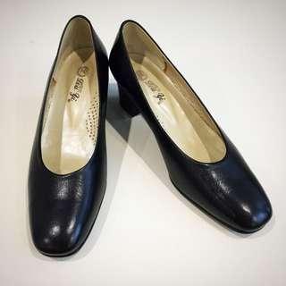 🚚 舒服一整天☀️百搭氣墊粗矮跟鞋(黑)