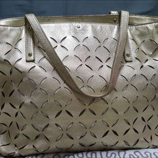 KATE SPADE TOTE Gold (Authentic)