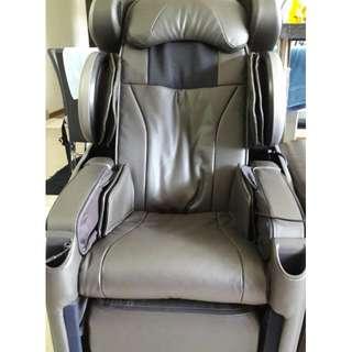OSIM U-Divine Massage Chair