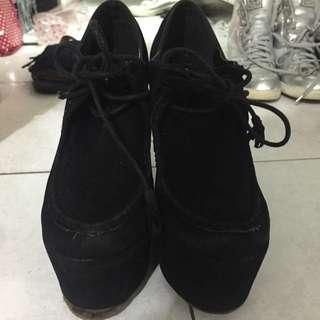 🈹厚底包鞋