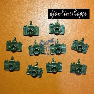 CAMERA VINTAGE CHARMS