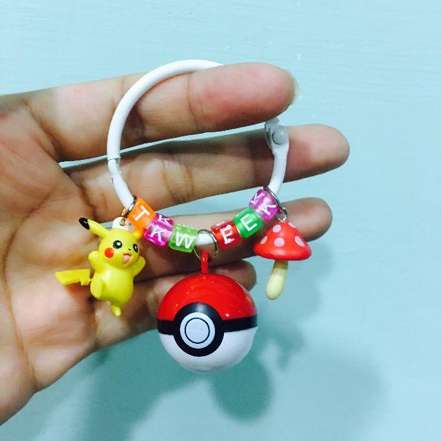 #客製-寶可夢寶貝球字母鑰匙圈(寶貝球是鈴鐺喔!)