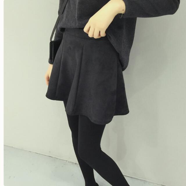 韓系百搭麂皮绒短裙