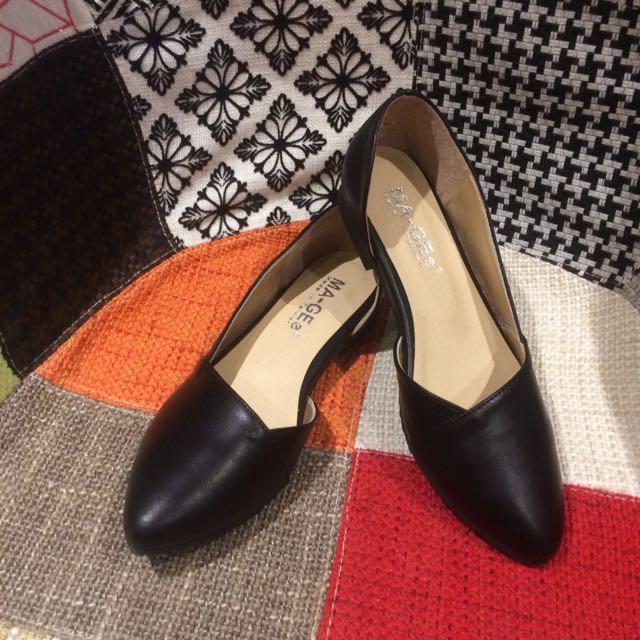 黑色娃娃鞋平底鞋