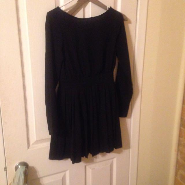 Black F21 Long Sleeves Dress