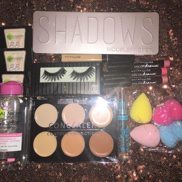 Bundle Of Makeup!!!