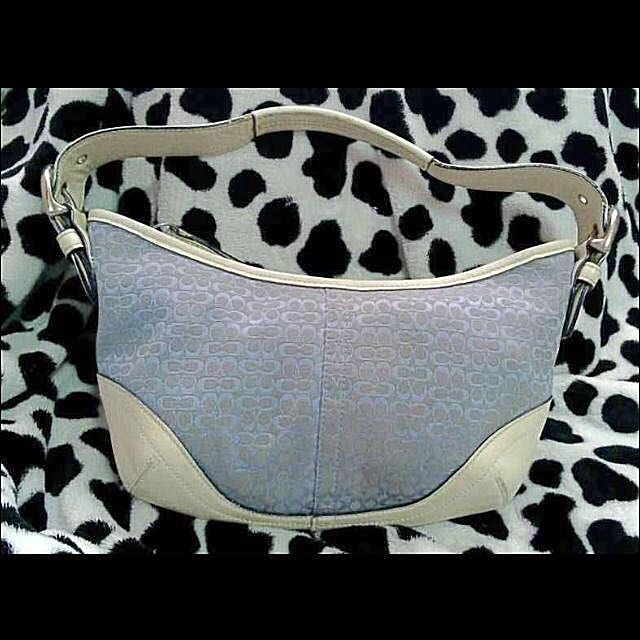 COACH Bag Blue Signature Fabric and White Leather Hobo Bag 92cee0f45ab41