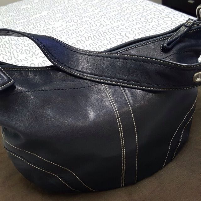 Coach Hobo Leather Bag (Authentic)