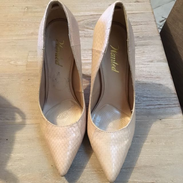 Cream Nudie Pointy Shoes Size 5