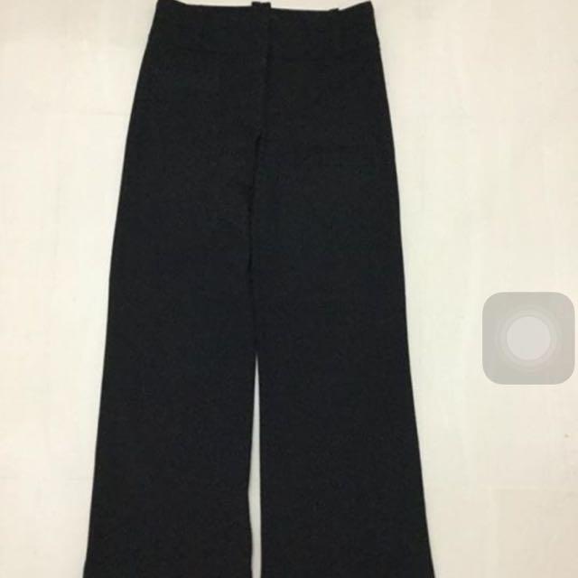 Cue Black Pinstripe Pants Size 6