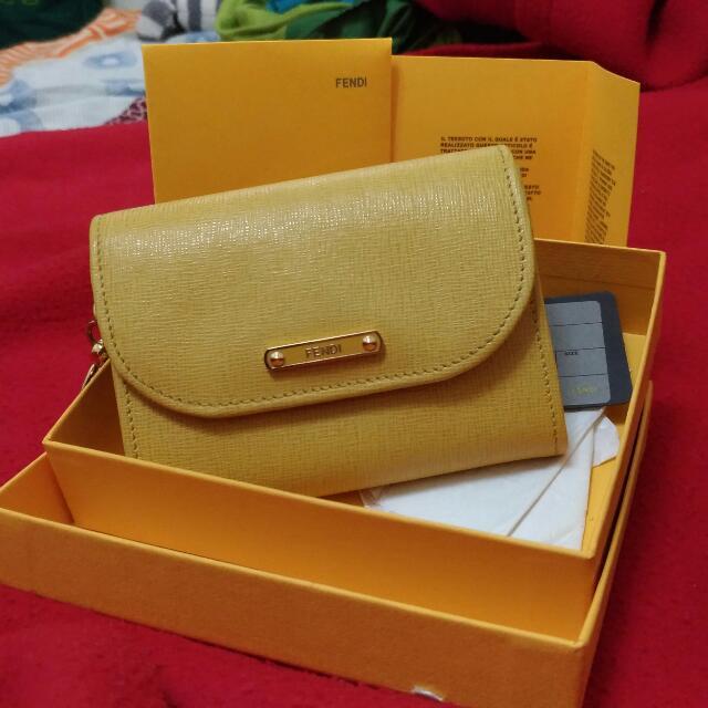 Fendi Fn1c69807 黃色鑰匙零錢卡片包