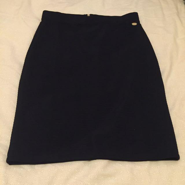 Guess Black Skirt Small