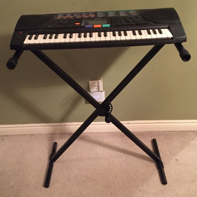 Key Board With Stand