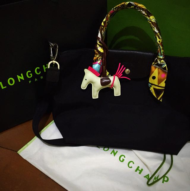Longchamp bag (obviously 100% Authentic) bought from @seanira0621