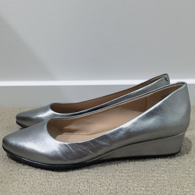 [New] Leather Flats With Low Wedges In Silver (size 8)