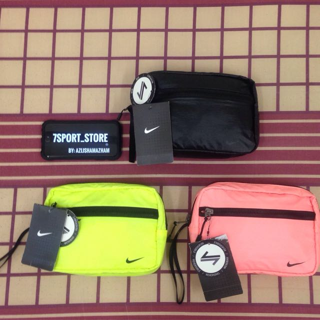 9834d5f0c8 Nike Clutch Bag, Men's Fashion, Bags & Wallets on Carousell