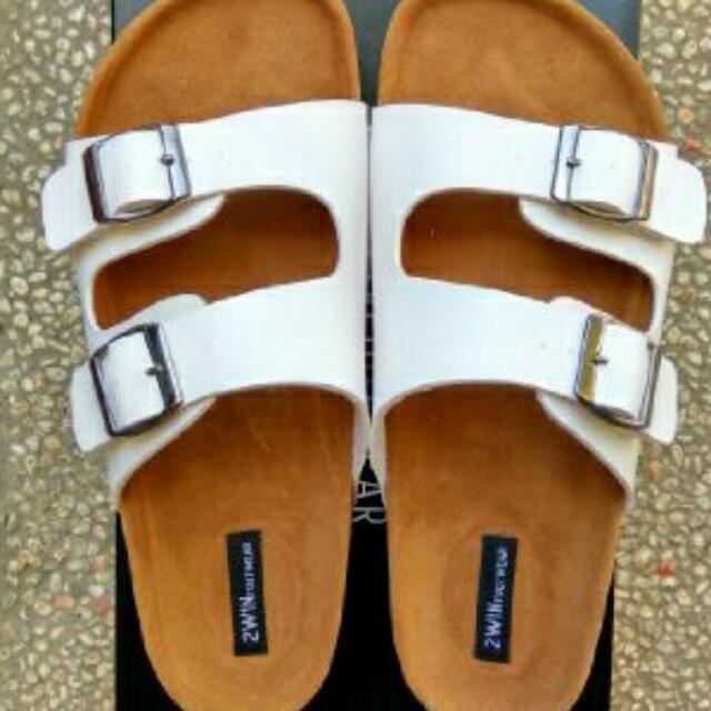 Sandal Wanita Kode SP112 (Putih) Ukuran 39