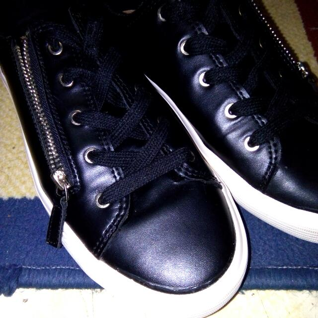 Stradivarius Black Sneakers With Zipper