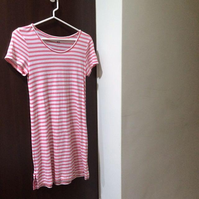 UQ橫條紋洋裝