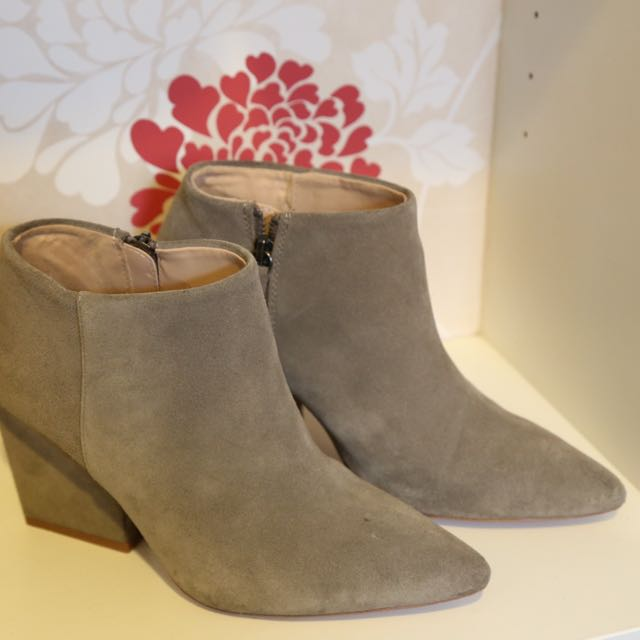 ZARA Ankle Boots Grey Suede Eur 38