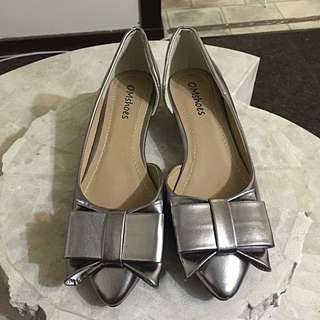 New Silver Lady Shoes Size 37(au 6)