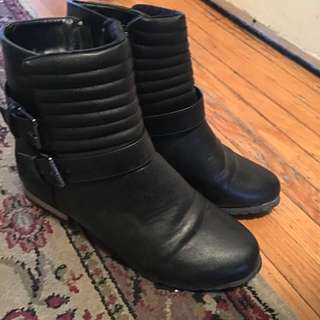 Black Low Boots