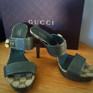 Authentic Gucci Heels Size 38