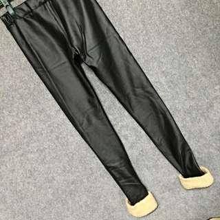 冬衣❄️ 厚款 皮褲