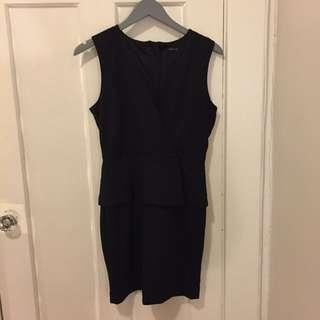 Banana Republic Black Dress - Size 6 Petite