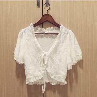 🚚 白色蕾絲罩衫