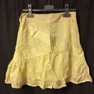 Women yellow short skirt Size 6-8