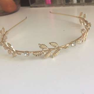 Gold wreath headband
