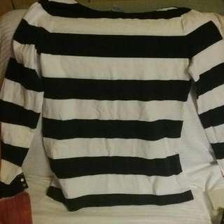 H & M  Ladies Sweater Large 14