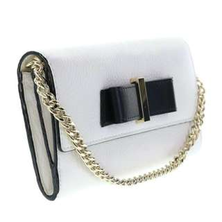 Kate Spade New York Parchment Drive Milou Clutch Wallet Wristlet (Cream and White)