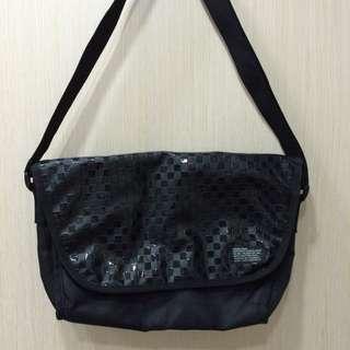 OPERATIONS黑色方格手提包/側背包