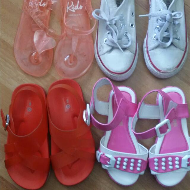 4x Size 8 Girls Shoes