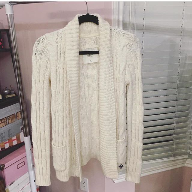 Abercrombie And Fitch Cardigan Small