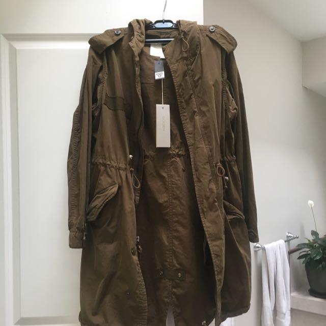 Aritzia Atomium Jacket