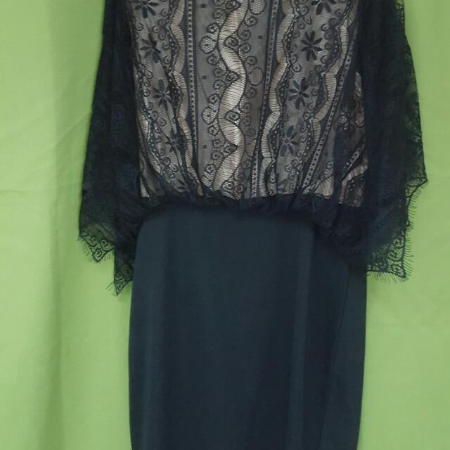 backless black dress from BW