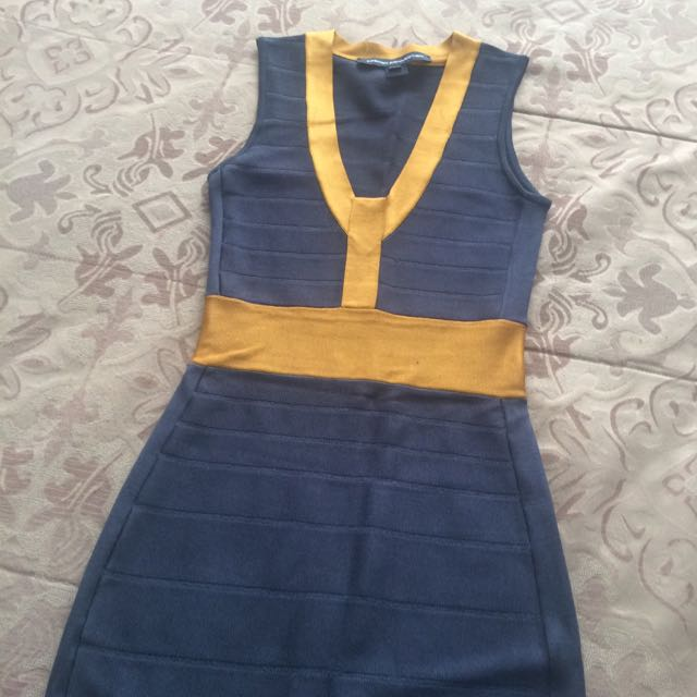 Beautiful Formfitting Dress Thats From French Connection