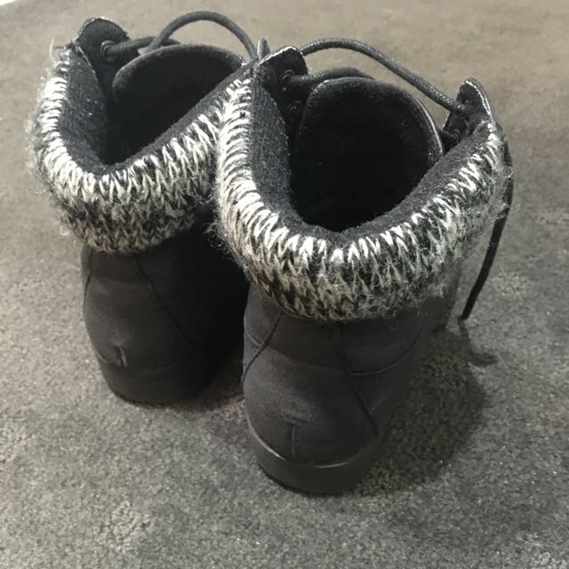 Black Boots Size 5